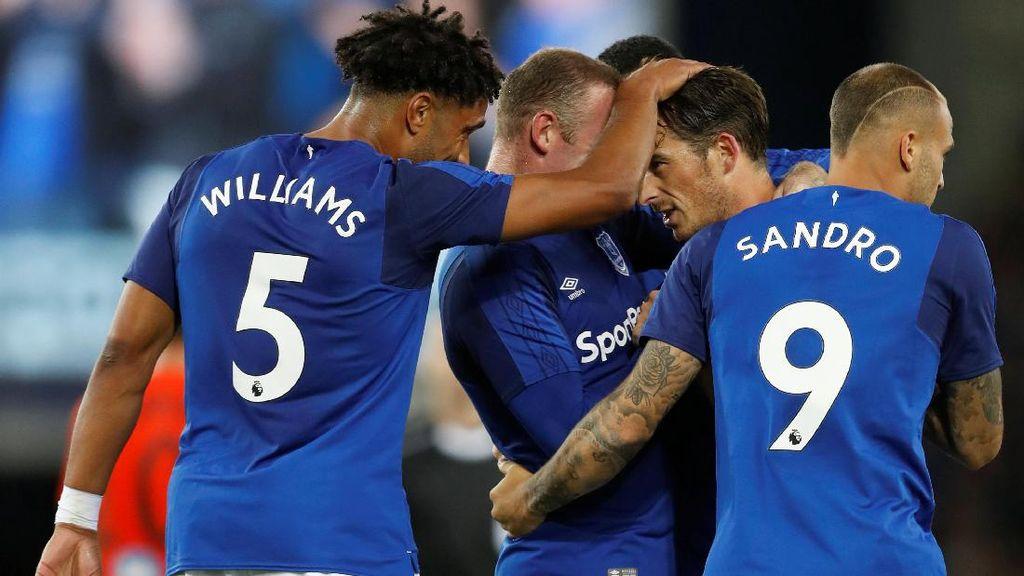 Gol Tunggal Baines Menangkan Everton