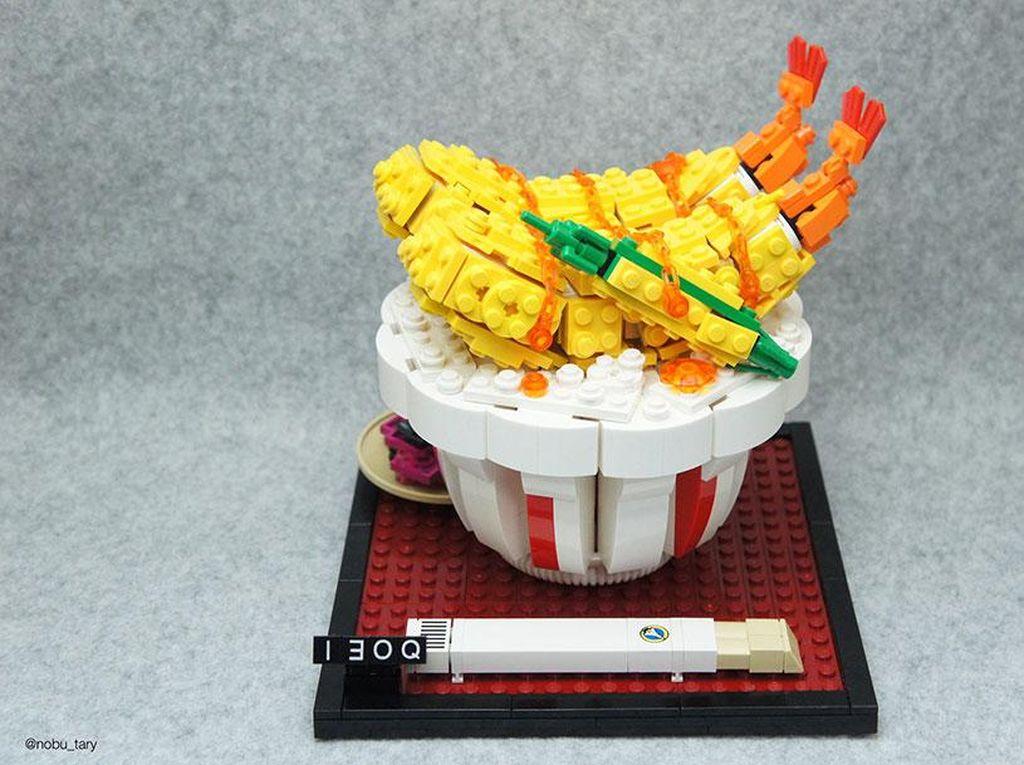 Pencinta Lego, Lihat Nih Kreasi Pisang, Tempura Sampai Pizza dari Lego!