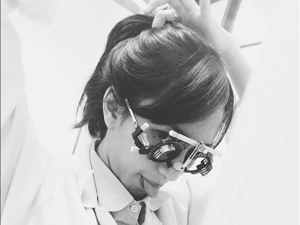 Saat Kecil Hobi Bermusik, Sudah Besar Jadi Dokter Cantik