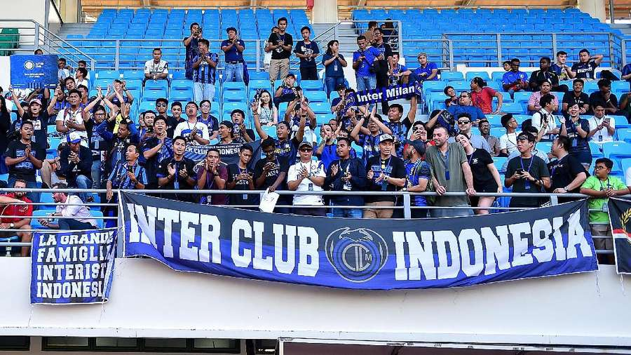Latihan Inter Meriah dengan Nyanyian Interisti Indonesia