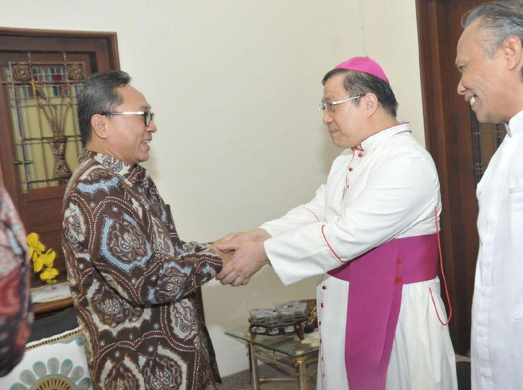 Temui Uskup di Malang, Ketua MPR: Kita Semua Saudara Sebangsa