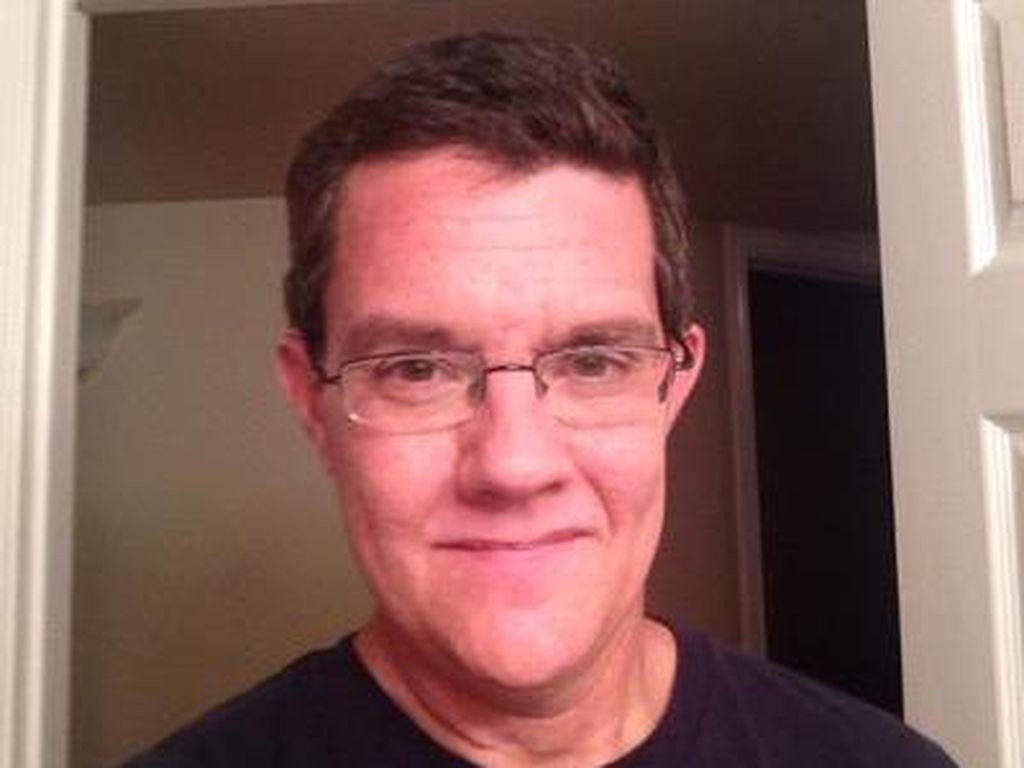 Pria Ini Jalani Operasi Pengangkatan 98 Tumor di Otaknya