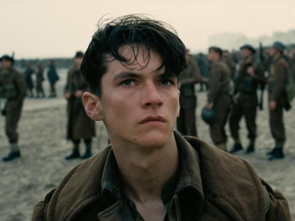 Dunkirk Bergeser Turun dari Puncak Box Office