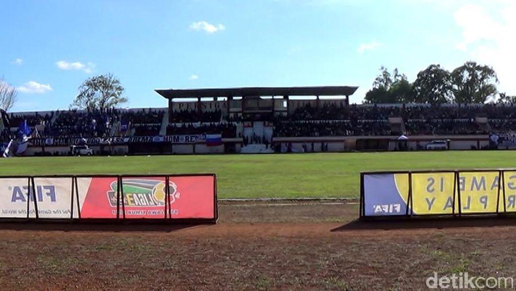 Pemkab Trenggalek Ajukan Pembangunan Tribun Baru Stadion