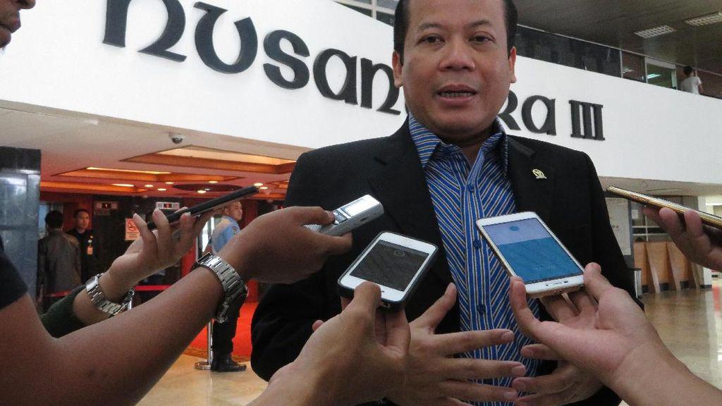 Titip DPR ke Gubernur BI Baru: Jangan Sampai Dolar Rp 15.000!