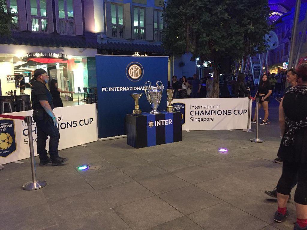 Aroma Inter dan Chelsea Sampai ke Clarke Quay