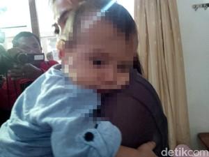 Ayah Pernah Kirim Uang AUD 245 untuk Susu Baby J  ke Yayasan