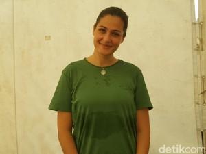 Bagi Rima Melati, Yoga Membantunya Jadi Ibu yang Kuat