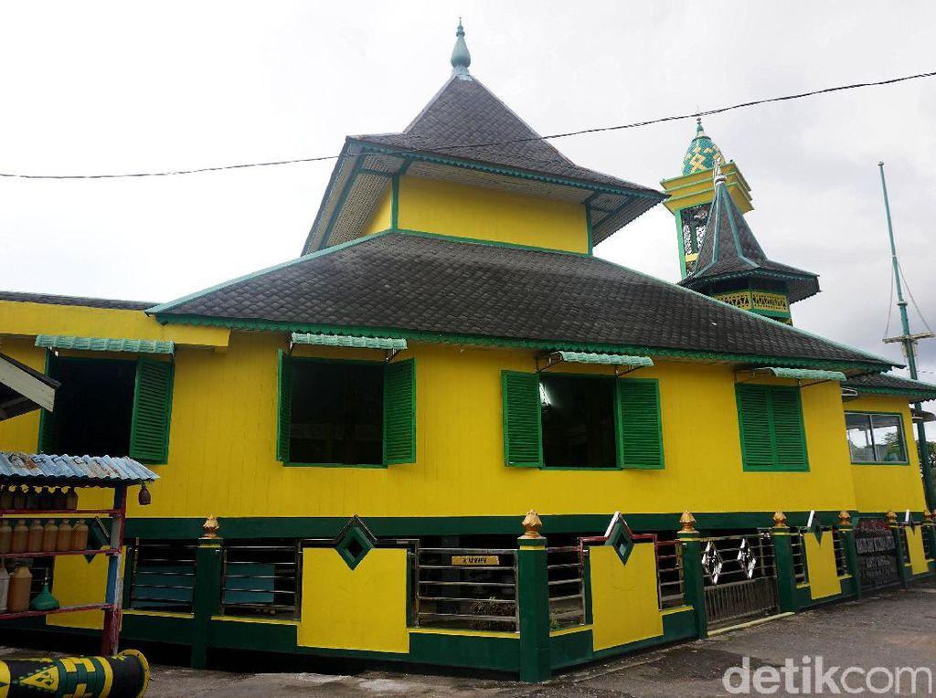 Ini Masjid Jami Sultan Ayub yang Jadi Cagar Budaya di Sanggau