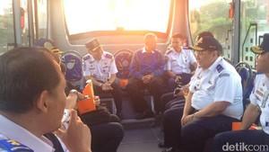 Menjajal Bus Gratis Bekasi Barat-Bundaran HI Pagi Ini