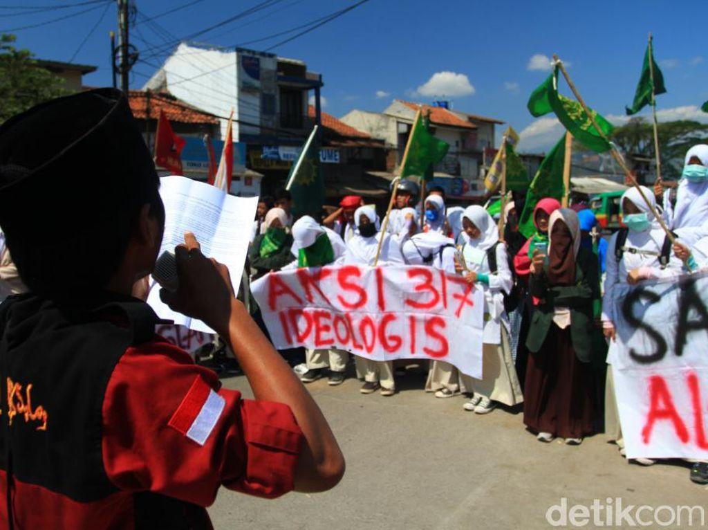 Ratusan Keluarga Besar Persis Bandung Aksi Bela Al Aqsa