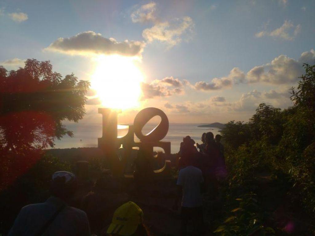My Trip My Adventure: Keliling Karimun Jawa Naik Motor Trail