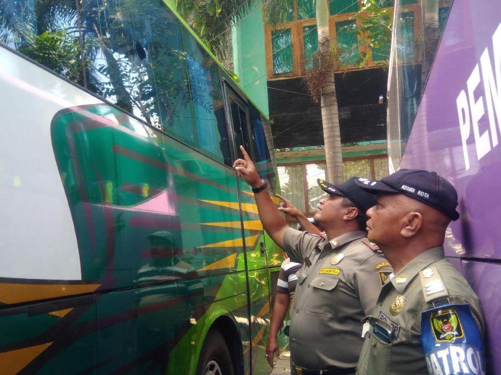 Bus Pemain PS Mojokerto Dilempari Batu, Satu Pemain Terluka