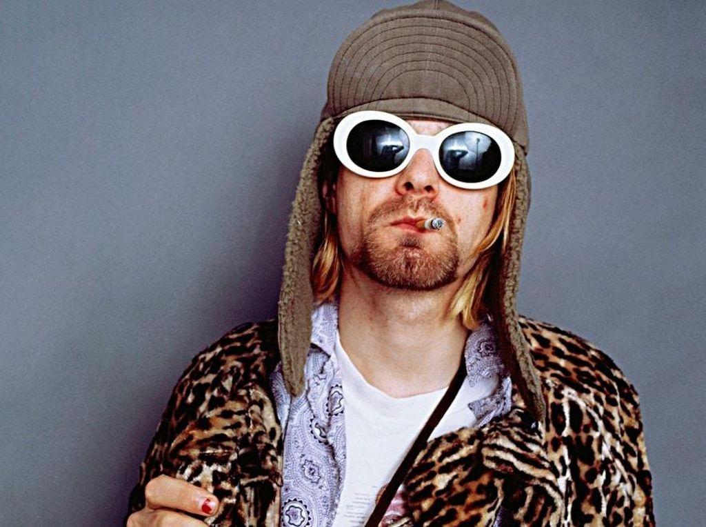 Kurt Cobain dan November 1993 yang Misterius