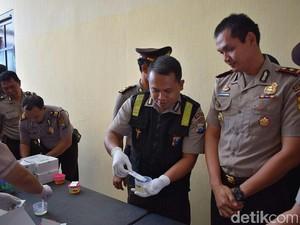 Polisi di Bondowoso Dites Urin Antisipasi Penyalahgunaan Narkoba