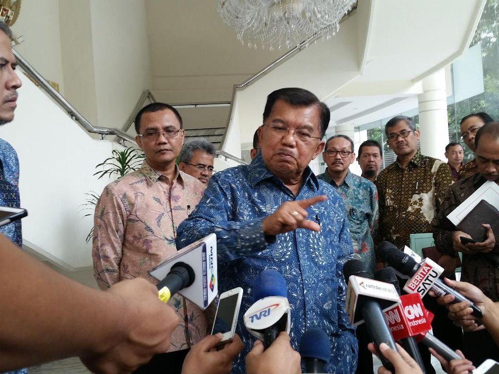 Cerita JK soal Kebiasaan Jokowi Baca Media Online dari Tabletnya