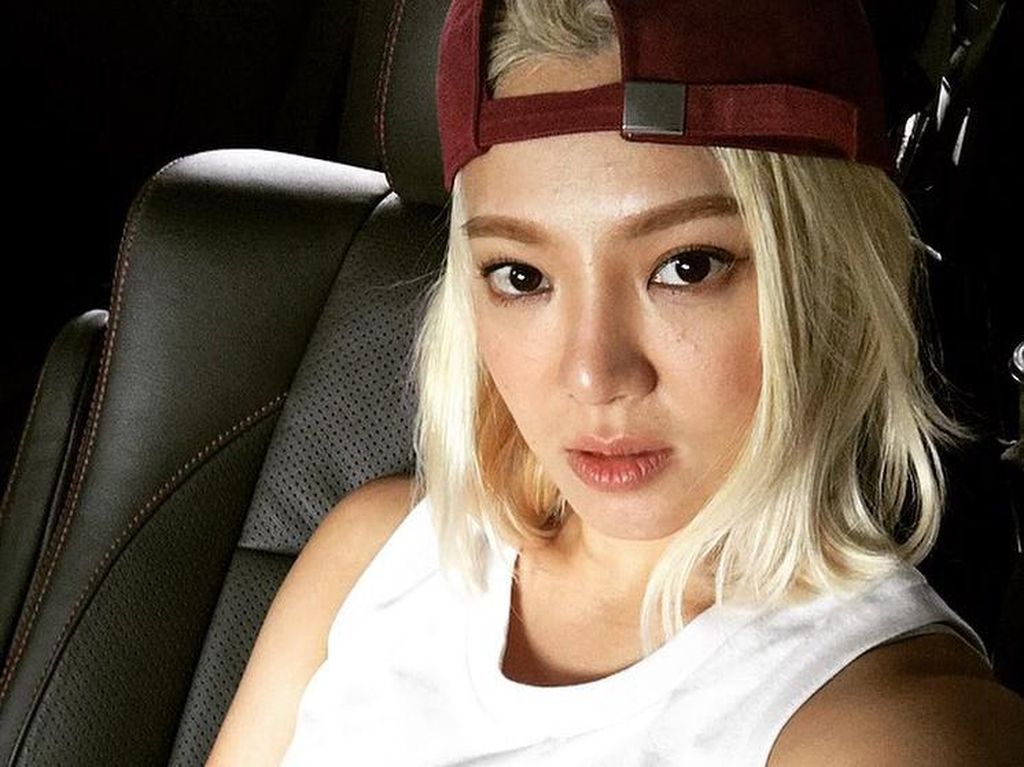 Hyoyeon SNSD Energetik di Countdown Asian Games 2018
