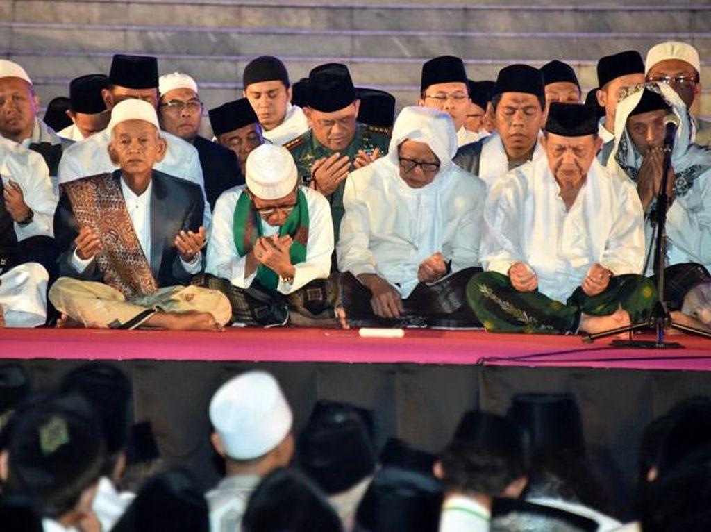 Panglima TNI Hadiri Zikir Kebangsaan di Istana Merdeka