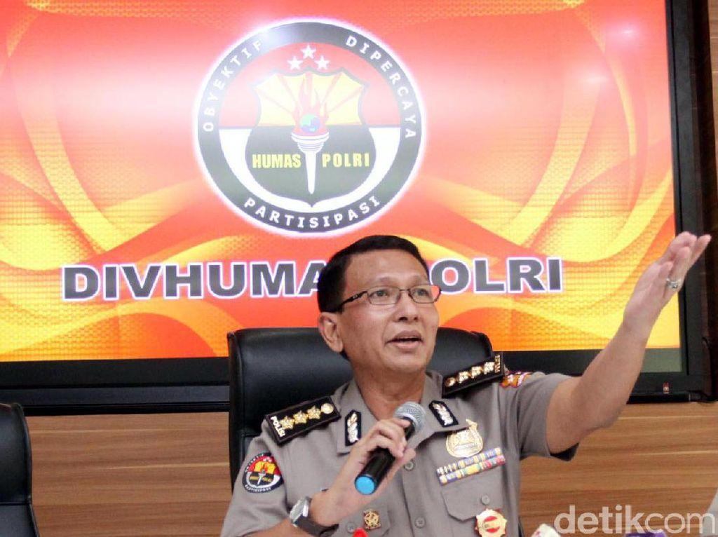 Foto Asma Dewi dengan Tokoh-tokoh Tak Berkaitan dengan Kasus