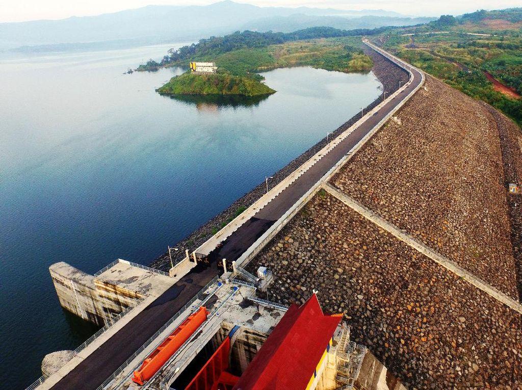 Lewati Titik Gempa, Proyek-proyek Infrastruktur Ini Tetap Jalan