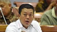 Debat Panas, Anggota Komisi VI Ini Minta Direksi Garuda Mati