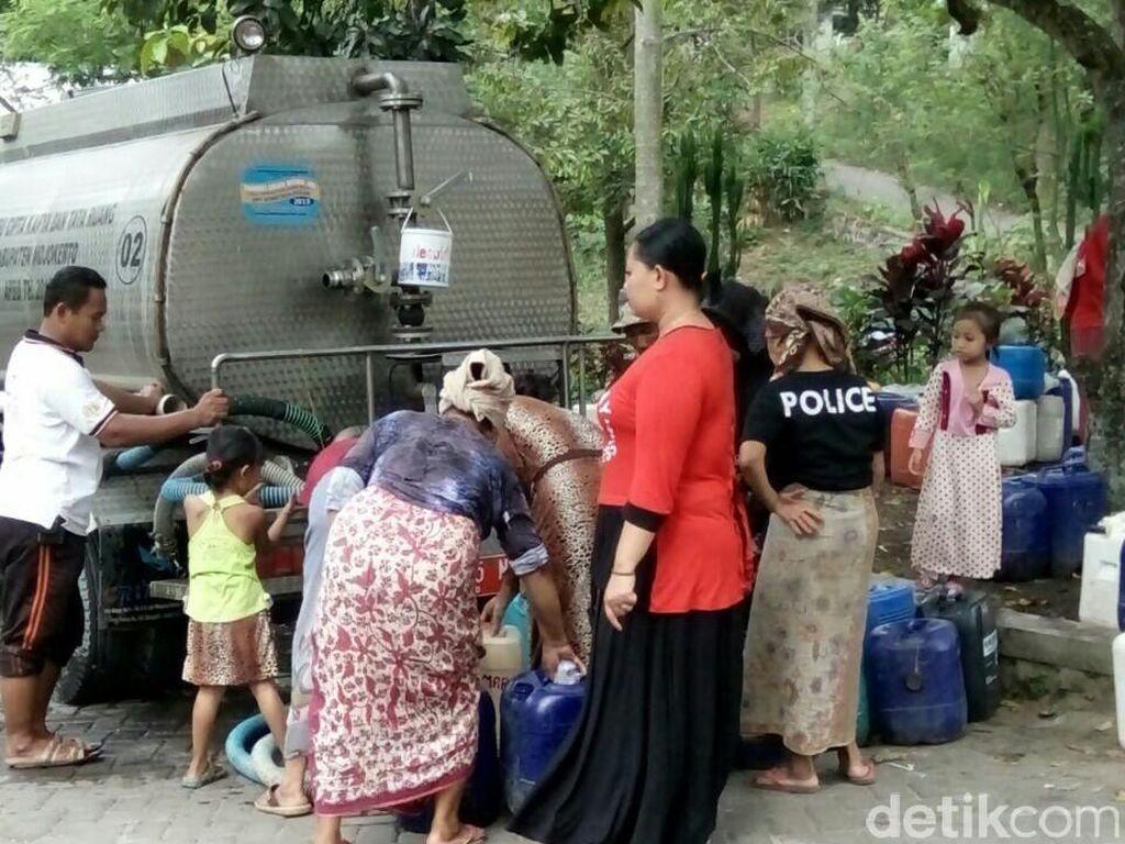 Ribuan Penduduk di Lereng Penanggungan Kesulitan Air Bersih
