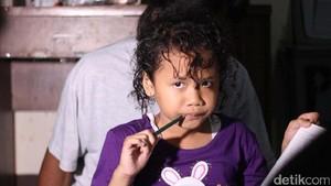 Khafifah Gadis Gimbal yang Tak Sabar Ingin Segera Diruwat