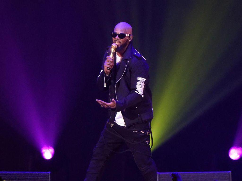 Jay Z hingga Celine Dion Tolak Diwawancara dalam Dokumenter R. Kelly