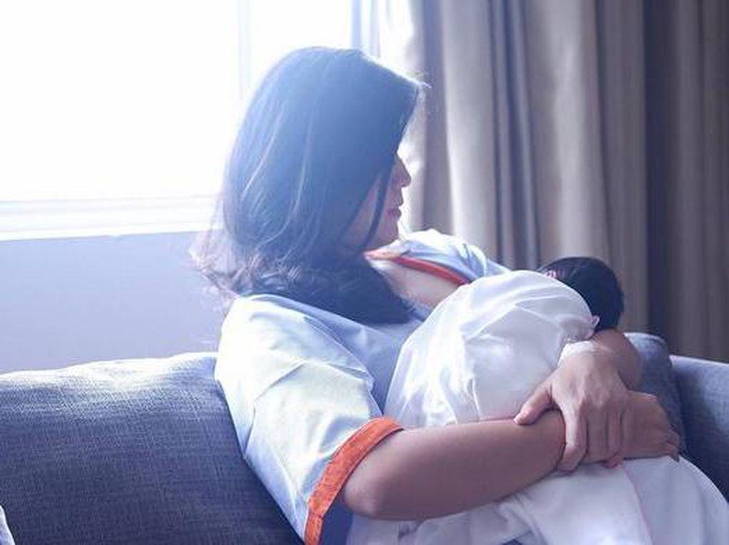 Inisiasi Menyusui Dini Dapat Hilangkan Stres pada Bayi Baru Lahir