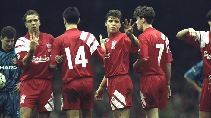 Duel Liverpool vs MU di musim 1992/1993 (Foto: Getty Images)