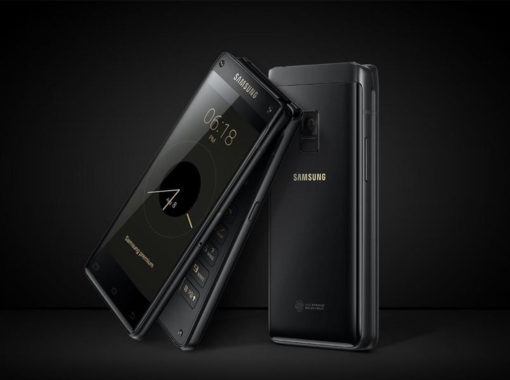 Penampakan Ponsel Android Lipat Paling Sangar