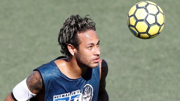 Neymar Tertarik dengan Ambisi Besar PSG