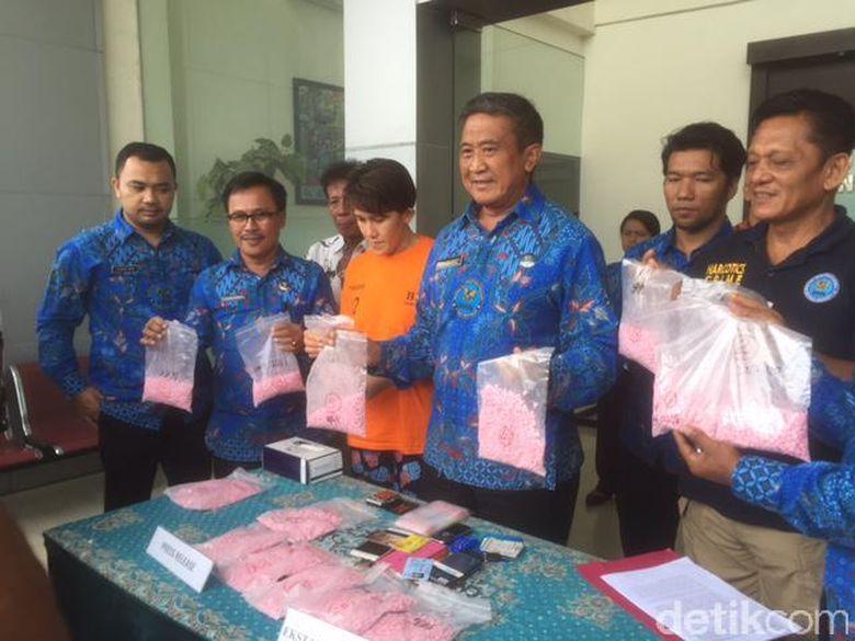 BNN Tangkap 16.992 Butir Pil Ekstasi di Medan