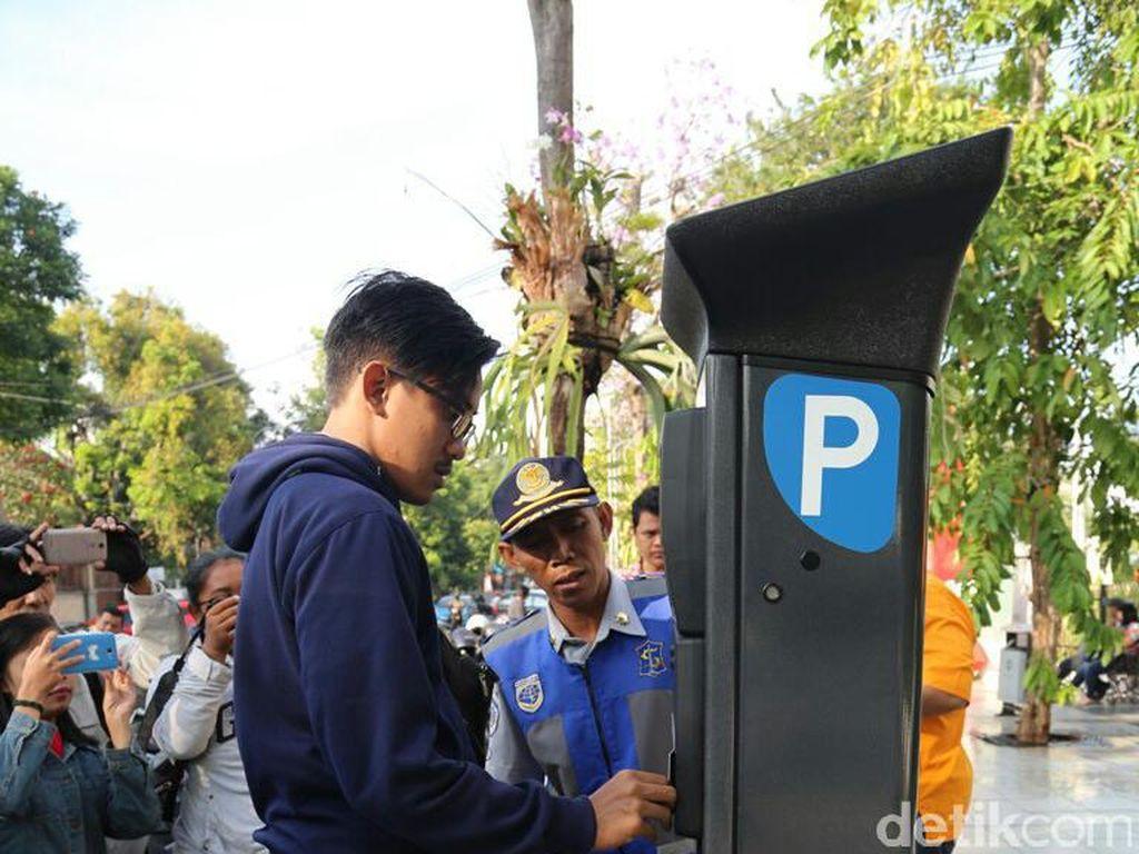2018, Taman Bungkul Dipasang Alat Parkir Meter