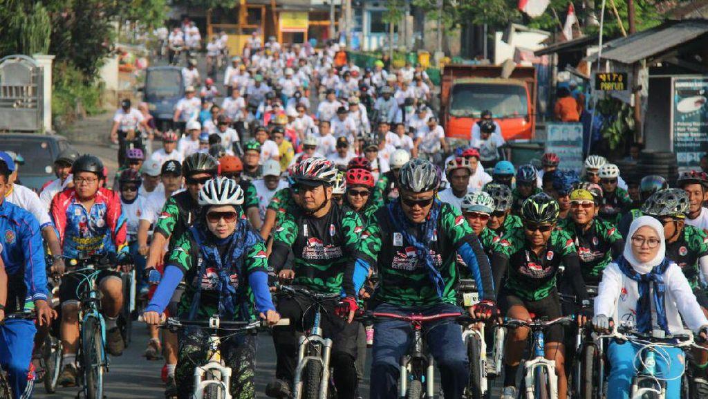 Menpora Ikut Gowes Pesona Nusantara di Lebak
