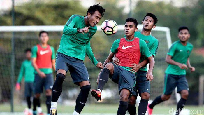Timnas U-22 berlatih menuju SEA Games 2017 Kuala Lumpur. (Grandyos Zafna/detikSport)