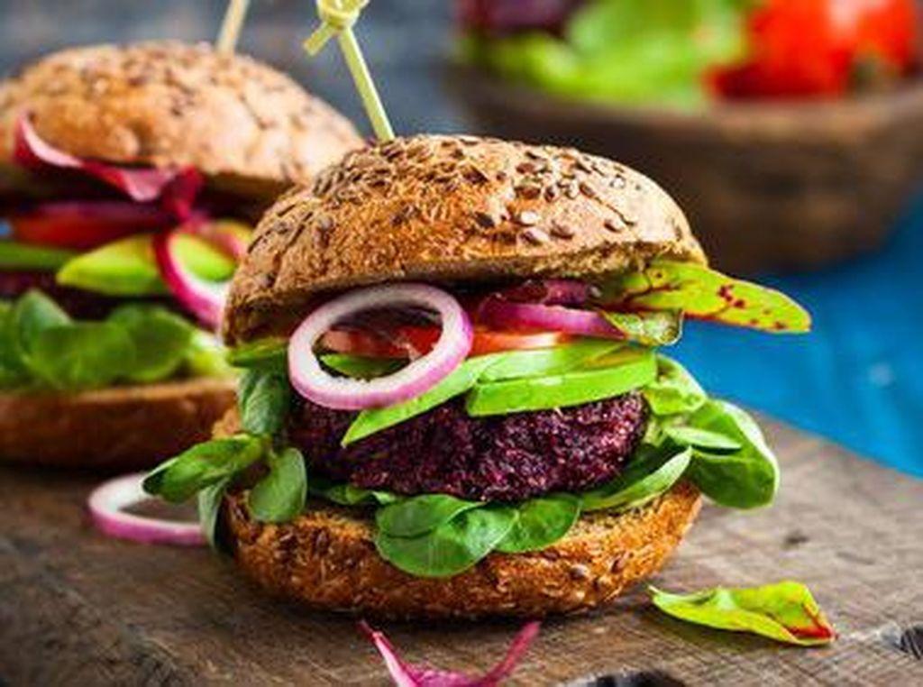 Ini Lho 10 Restoran yang Punya Burger Paling Enak di Dunia! (2)