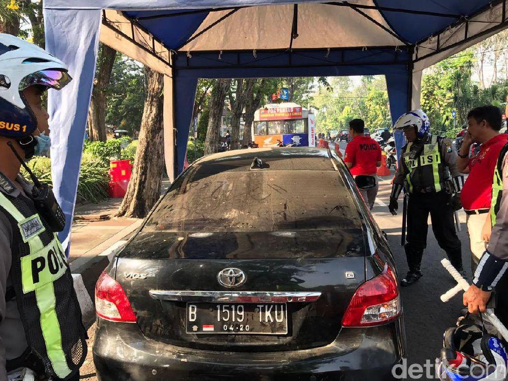 Amankan Mobil Vios Ugal-ugalan, Polisi Temukan Banyak Nopol Palsu