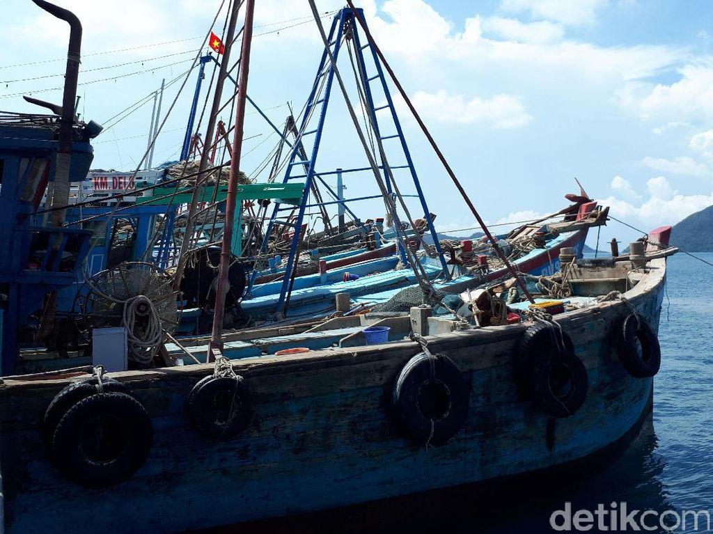 Terciduk! Kapal Berbendera Malaysia Isi 300 Kg Ikan Ditangkap di Aceh