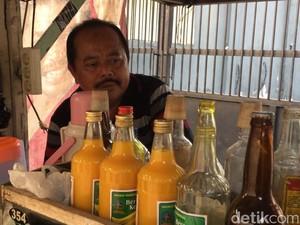 Kenangan Pedagang Jamu Nyonya Meneer di Jakarta