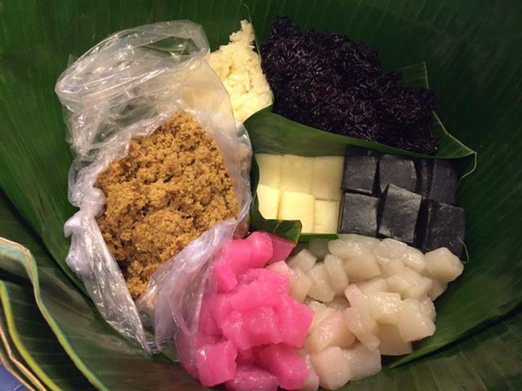 Warna-warni Jajanan Pasar yang Bikin Kangen
