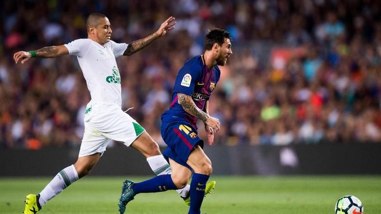Barcelona Atasi Chapecoense 5-0