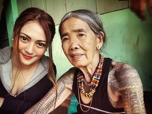 Pelukis Tubuh dari Filipina Berumur Seabad yang Legendaris