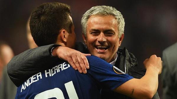 MU dan Mourinho Menantang Rekor Buruk