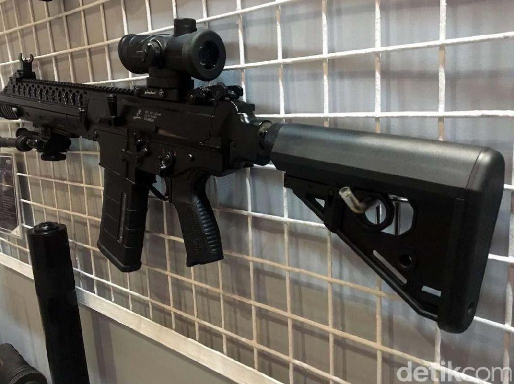 Foto : Senjata Laras Panjang Buatan Bandung Saingan AK-47
