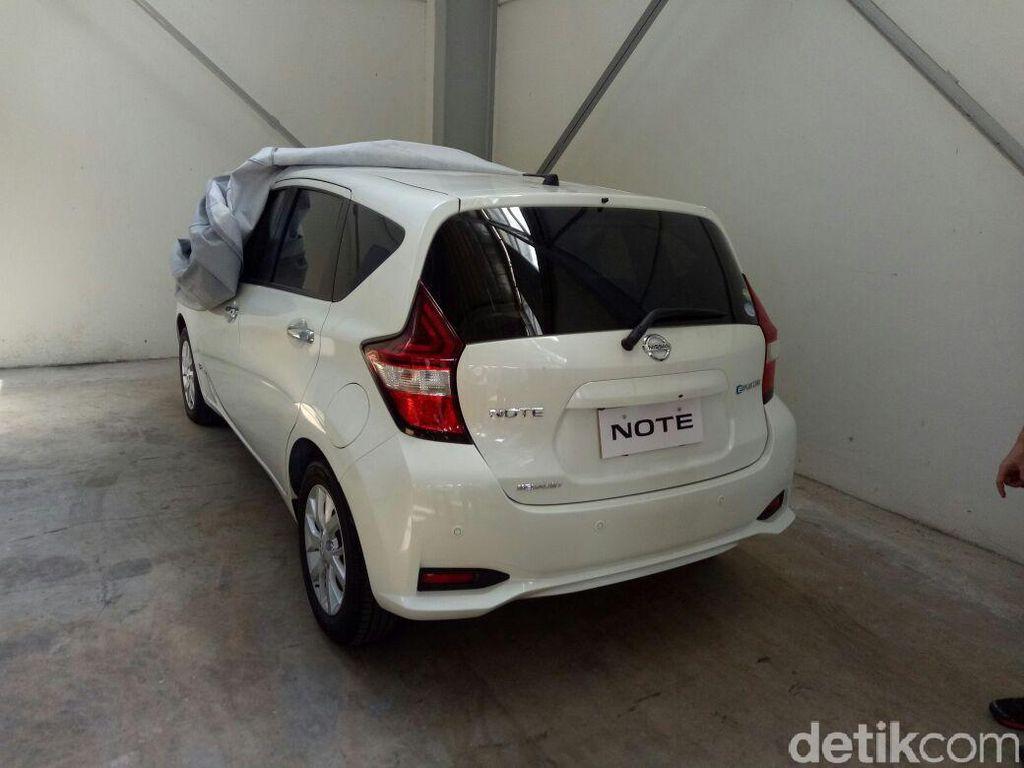 Intip 2 Mobil Anyar Nissan di GIIAS