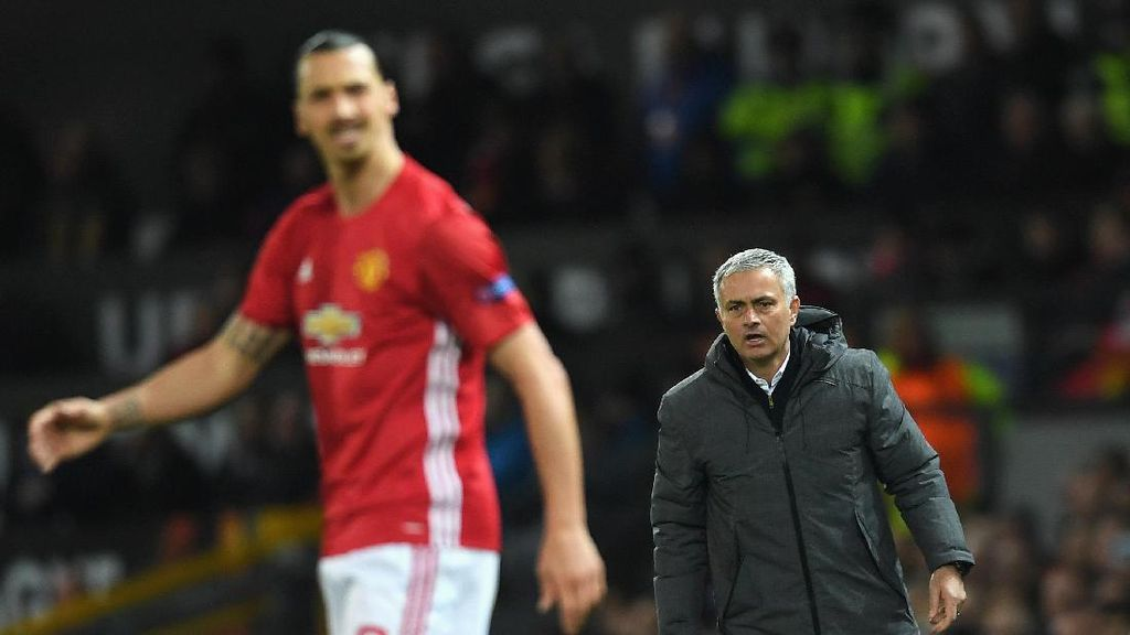 Mourinho: Firasat Saya, Ibrahimovic Comeback di Tahun Ini