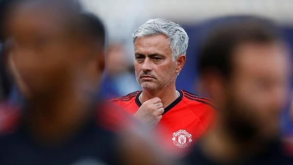 Mourinho Siap Lanjutkan Tradisi Musim Kedua