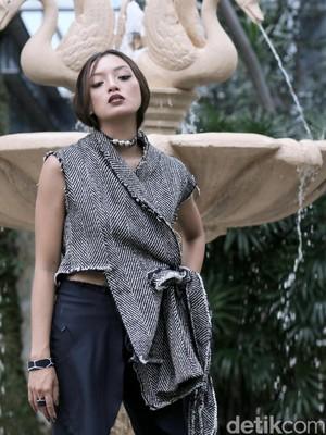 Berawal dari Model Majalah, Asmara Abigail Bersinar Lewat Setan Jawa
