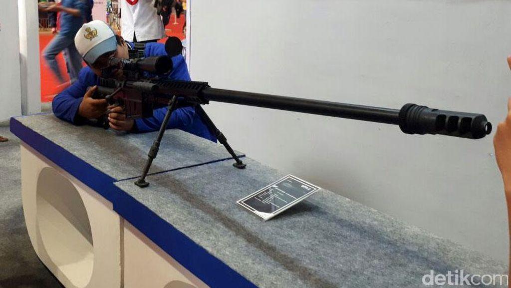 Keren! Senjata SPR-2 Buatan Pindad Mampu Tembus Baja